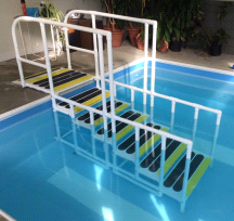 AquaTrek AQ-4000 NON ADA 4 Tread Pool Ladder System